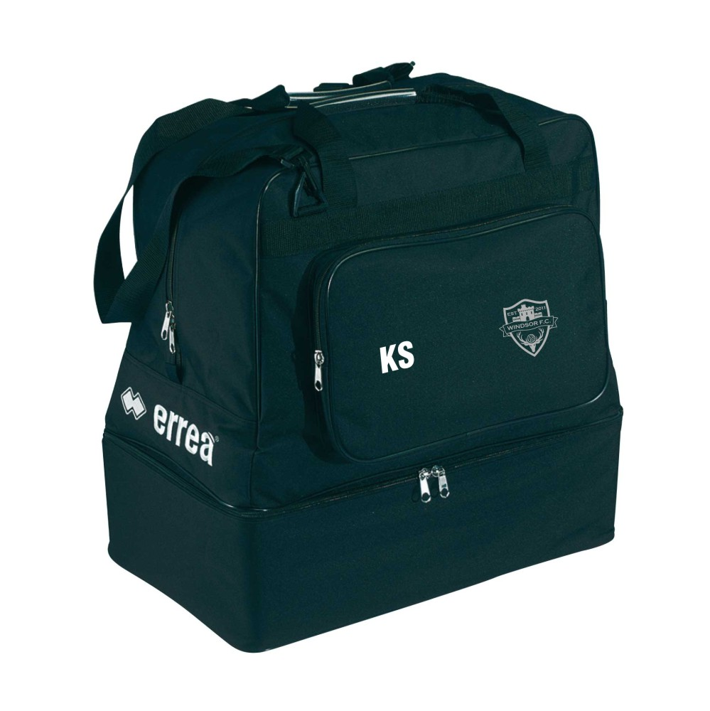 Windsor FC Basic Holdall with Silver Badge